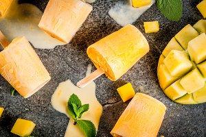 Popsicles, Frozen mango smoothie
