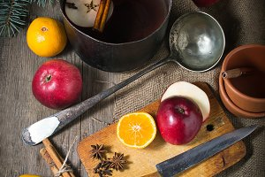 Ingredients for hot mulled wine