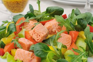 Vegetable salad with salmon