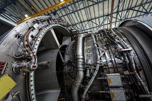 Turbine engine of an aircraft