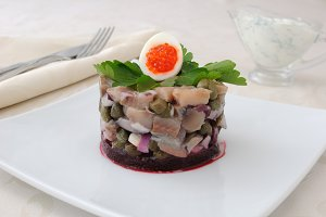 Herring tartare with capers
