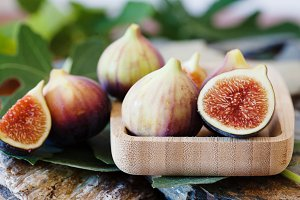 Half of fresh fig