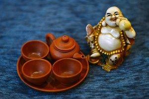 buddha and tea