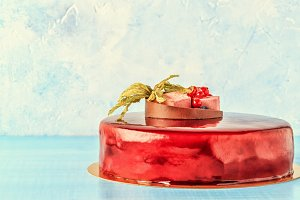Red Cream Icing Cake