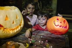 Children pick up candy, halloween