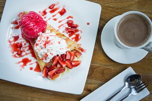 crepe strawberry and hot drink cup