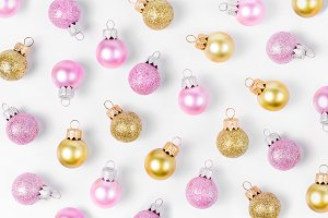 Golden&pink Christmas balls pattern