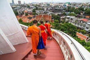 Monastic Buddhist temple, Buddhists