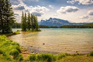 Two jack lake in Banff National Park with Mt. Rundle in the background