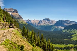 Going to the Sun Road with panoramic view of Glacier National Park