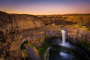 Palouse Falls in Washington state, USA, photographed at sunset