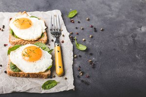 Healthy sandwich with fried egg