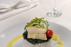Flounder fillets with risotto