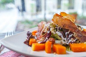Pumpkun Salad with crisp bacon