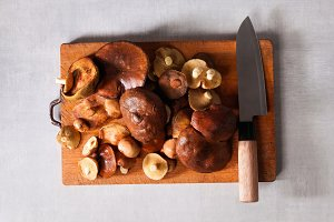 mushrooms and chef knife