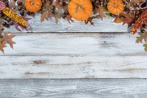 Arch Thanksgiving Border on Wood