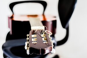 guitar with background blur