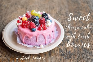 Cake with fresh berries