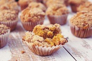 Pumpkin spice mini muffins Fall food