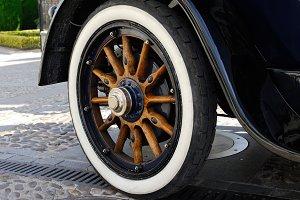 Historic car. Rear wheel