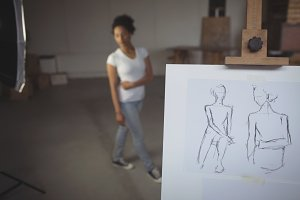 Female model posing for a sketch
