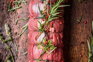 Raw roast beef preparation