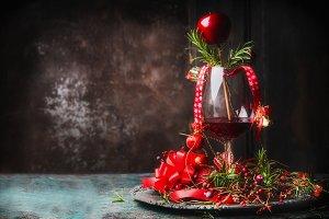 Red wine for Christmas dinner