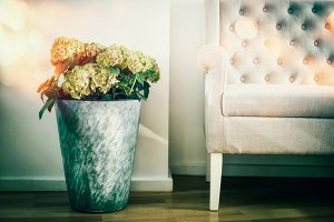 Floral living room decoration