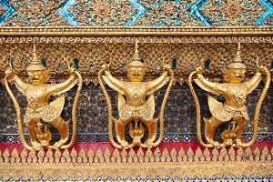 Animals in Thailand stucco