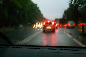 Traffic lights and rain