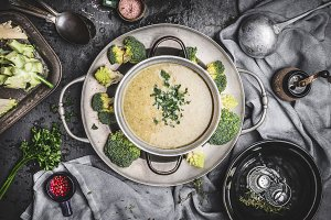 Broccoli soup , rustic style
