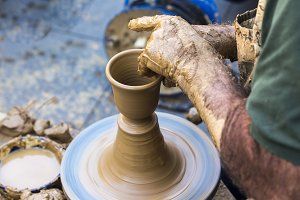 Potter making utensils
