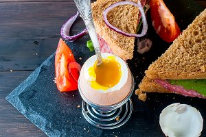 Healthy breackfast egg and sandwich