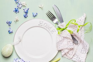 Easter table place setting in pastel