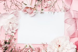 Pastel pink flowers mock up, frame