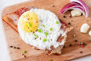 Sandwich with fried eggs
