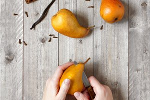Sweet pears and spices