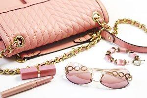 Women's set of fashion accessories