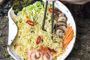 Asian noodles with shrimp