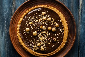 walnut cake crostata with chocolate