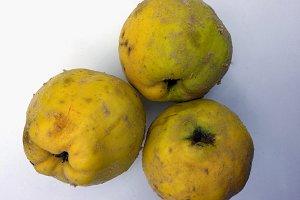 Natural fresh quinces