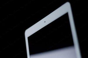 ⇥ Expanded ⇤ iPad