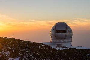 Sunset in the Astrophysical Observat
