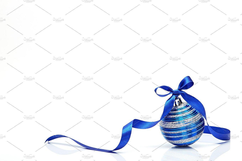 blue christmas ball with ribbon - Blue Christmas