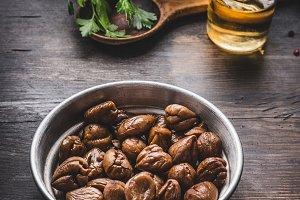 Roasted peeled chestnuts