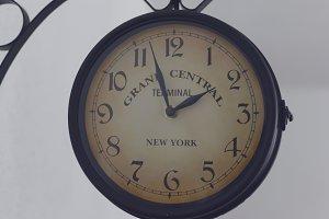 Station clock 1