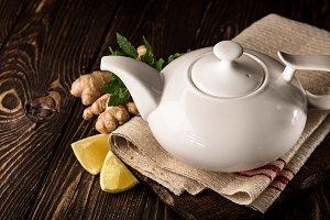 Composition of teapot