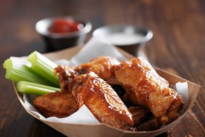 basket of bbq chicken wings