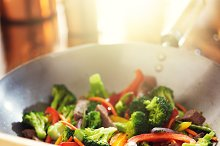 wok stir fry with beef and veggies