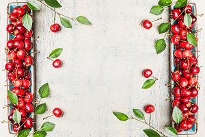 Sweet cherries with leaves, frame